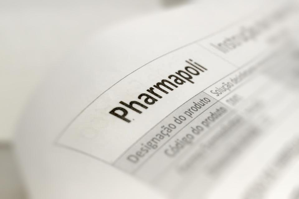 Pharmapoli - nova marca responde a crise